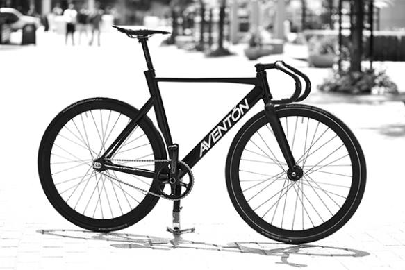 aventon-bikes3